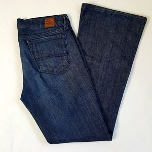 Lucky Brand dungaree Co. Bootcut blue jeans 6/28